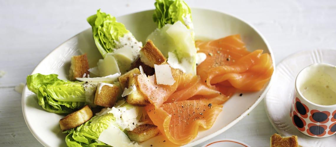 Römer-Caesar-Salat mit Lachs