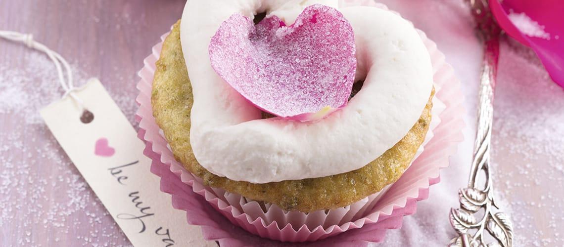 Pistazien-Herz-Cupcakes
