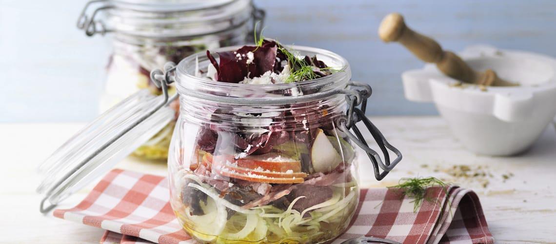 Roh marinierter Fenchelsalat mit Salami