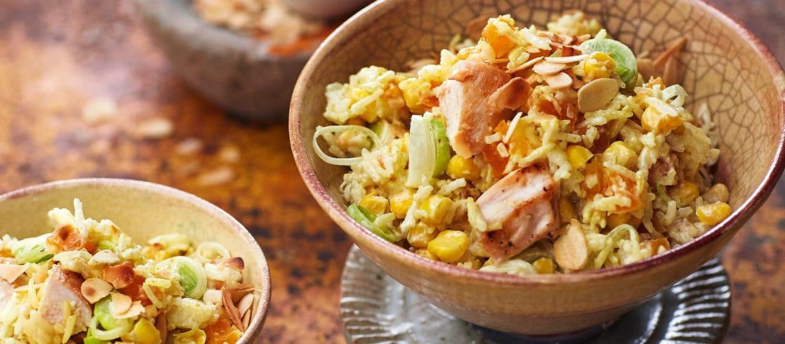 Reissalat mit Hühnchen und Curry-Orangen-Dressing