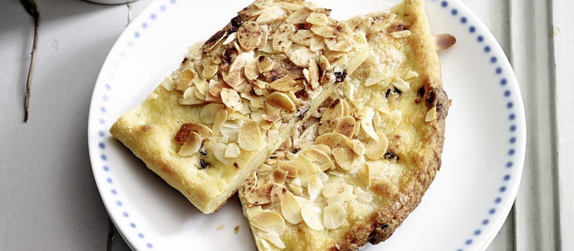 Kartoffelbutterkuchen mit Apfel-Bananen-Kompott