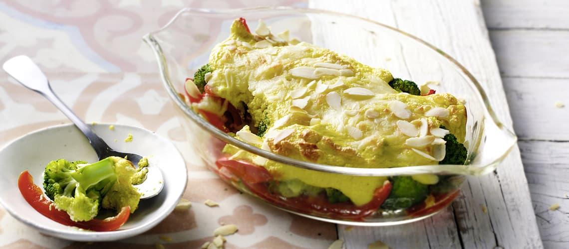 Brokkoli mit Curry-Quark-Haube