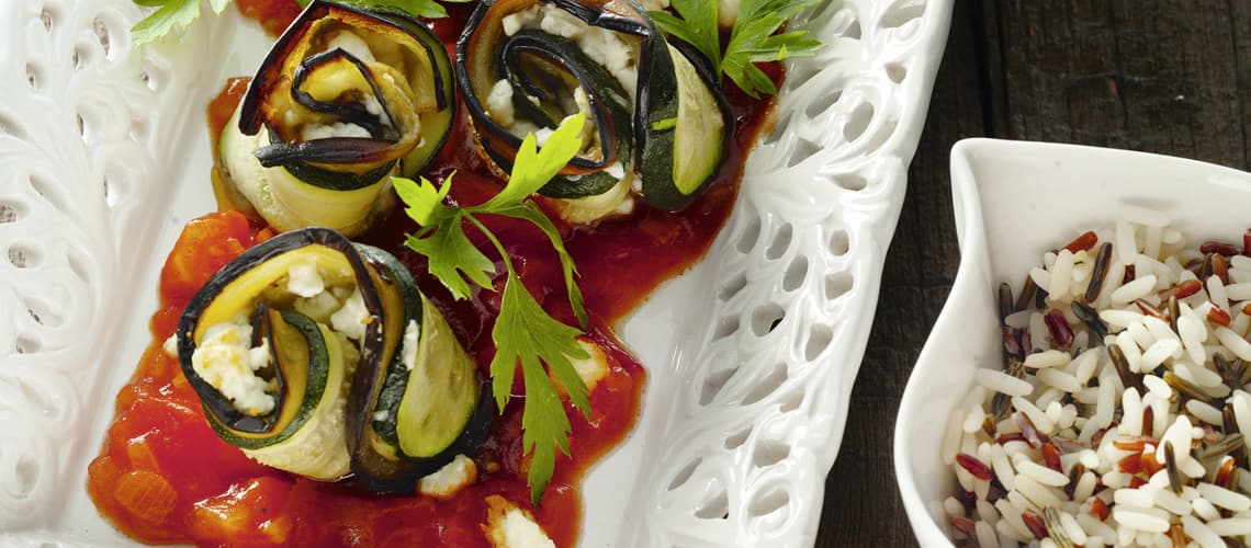 Auberginen-Zucchini-Röllchen mit Feta