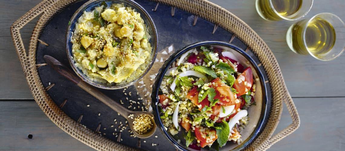 Bulgursalat mit Hummus